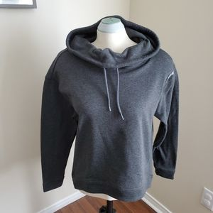 Reebok Playdry Grey Pullover Sweater Size Large